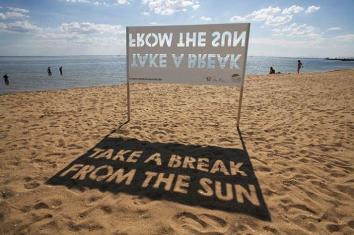 Креативная реклама – реклама на пляже