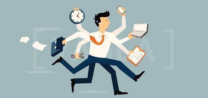 Ведение интернет-маркетинга с помощью собственного специалиста или стороннего агентства